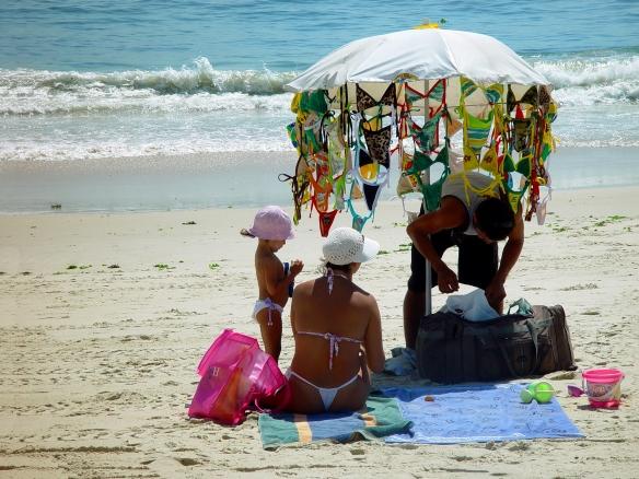 29-Beach seller